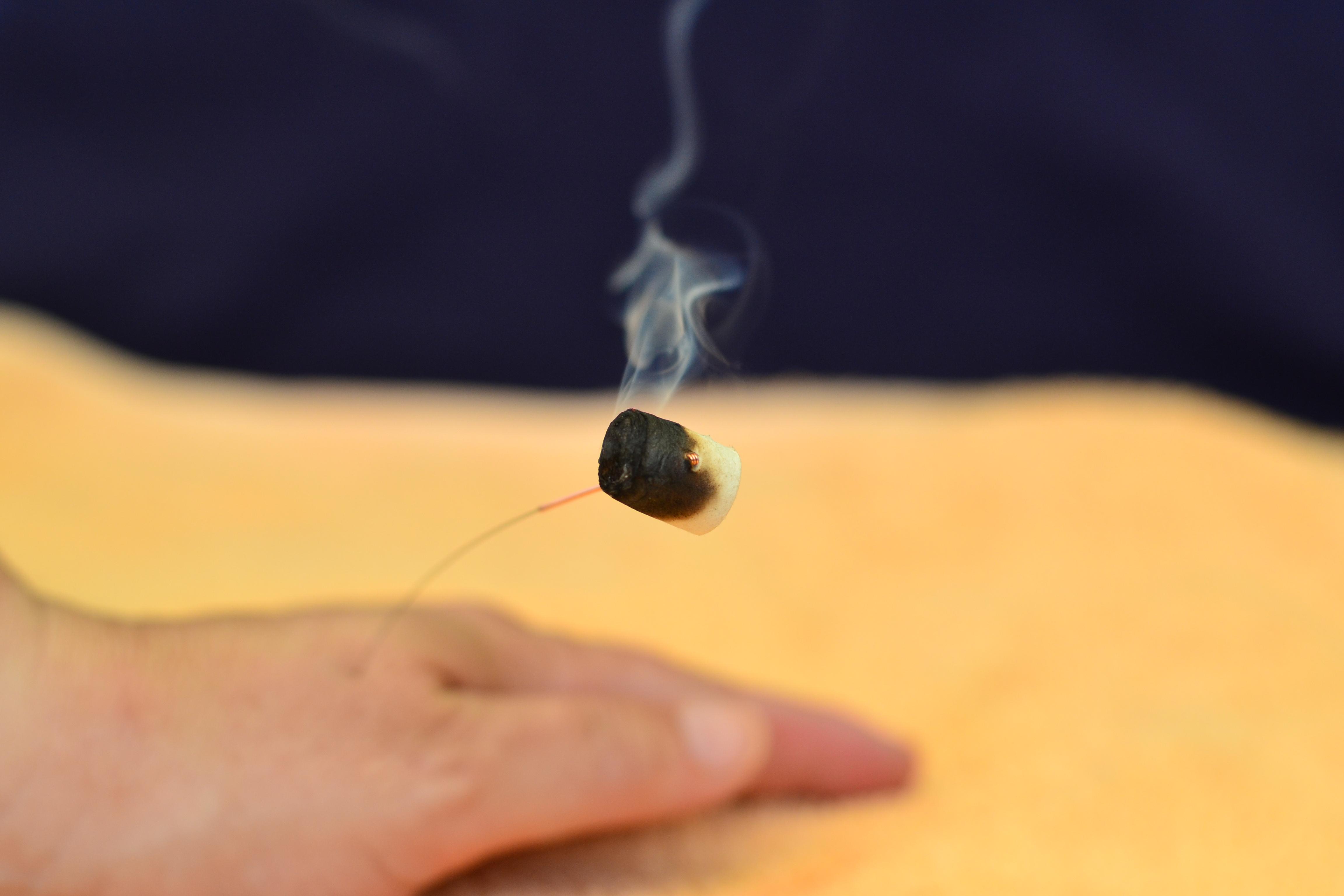 """Akupunktur in Verbindung mit Moxa bei """"Feuchtigkeitskopfschmerz"""""""